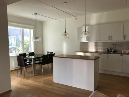 City Center Oslo Paradise Apartment W Three Bedroom and Two Toilettes