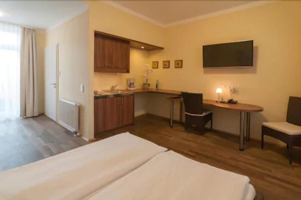 Gallery image of GuestHouse Heidelberg