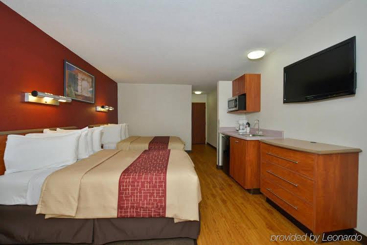 Gallery image of Red Roof Inn & Suites Savannah Gateway