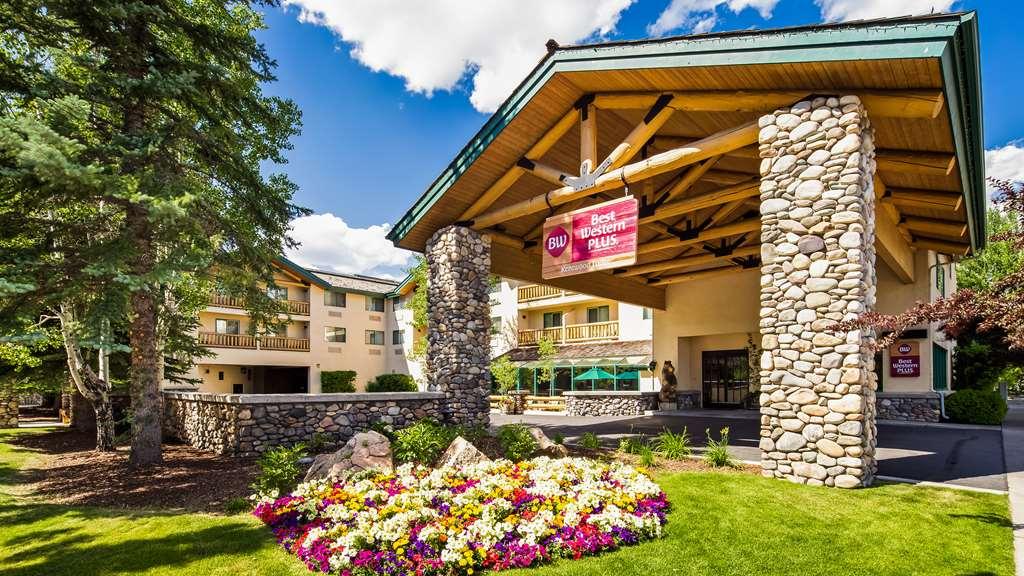 Gallery image of Best Western Plus Kentwood Lodge