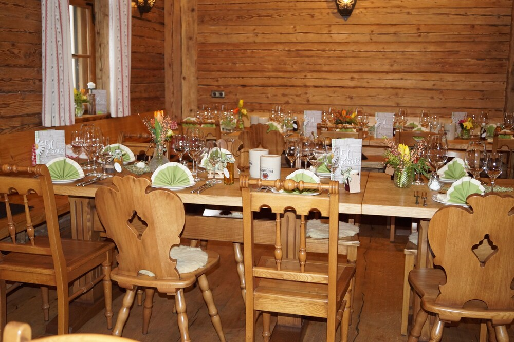 Gallery image of Hotel Gasthaus Sonne