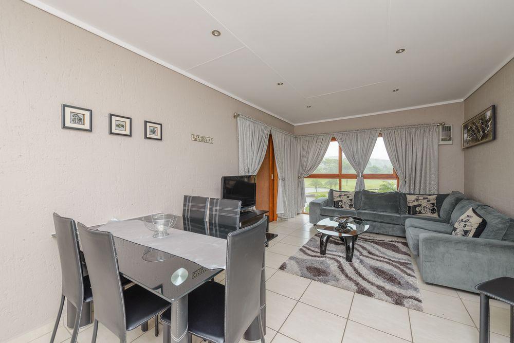 San Lameer Villa Rentals 10402