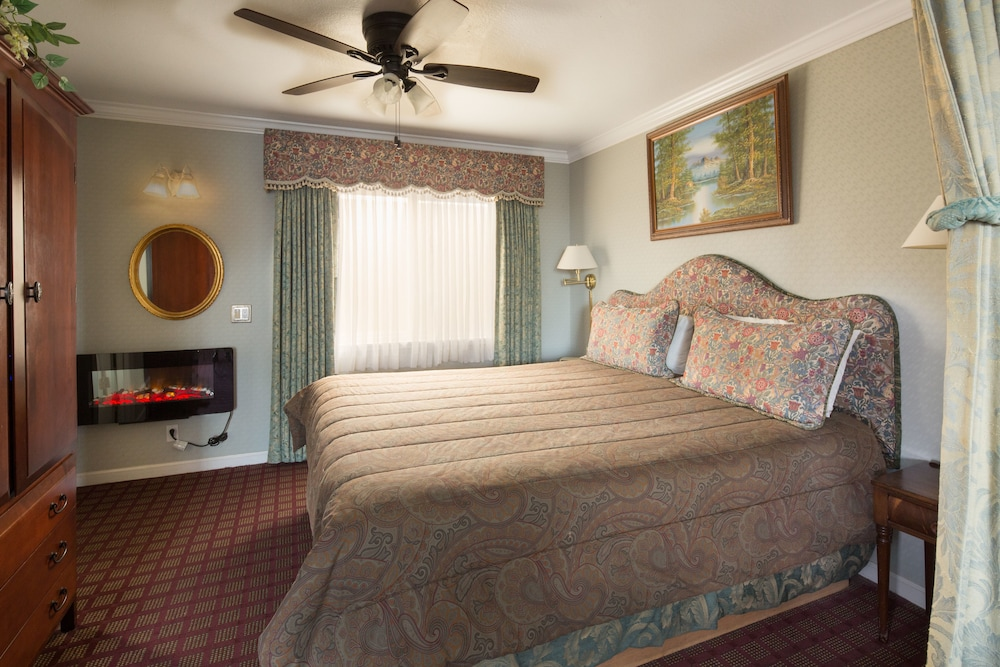Gallery image of Carmel Inn And Suites