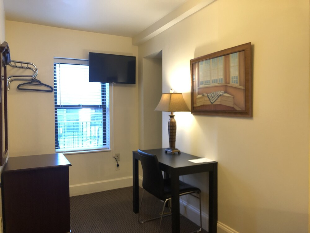 Gallery image of Oasis Guest House