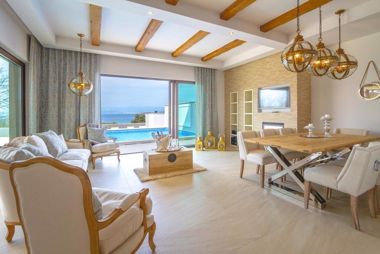 Luxury Villa Prova