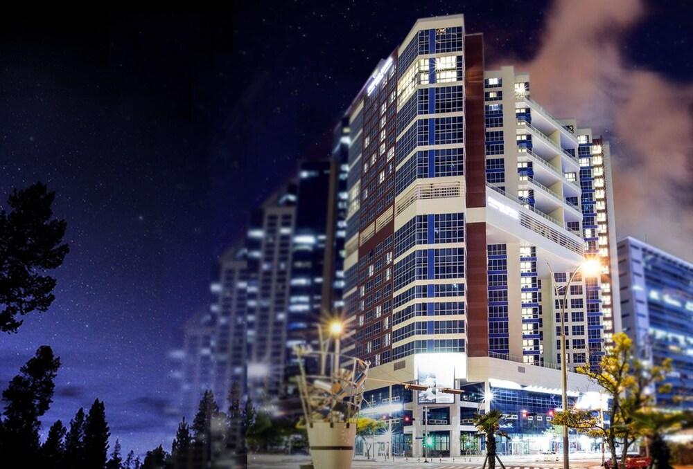 Centum Premier Hotel