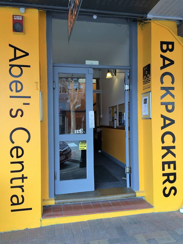 Abels Central Backpackers