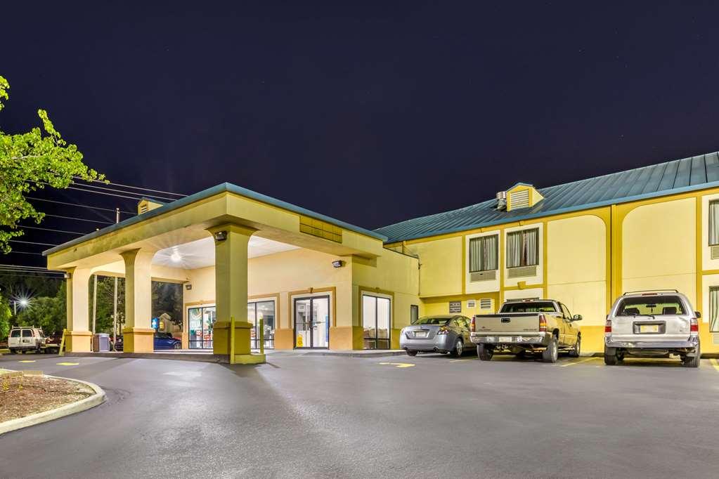 Gallery image of Quality Inn Auburn Campus Area I 85