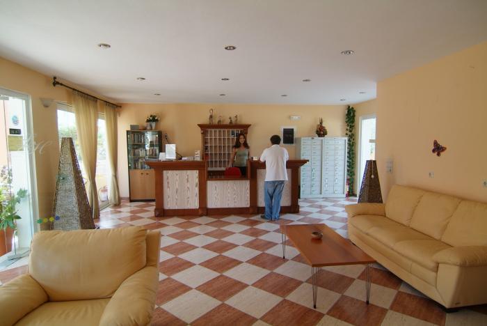 Gallery image of Luisa Aparthotel