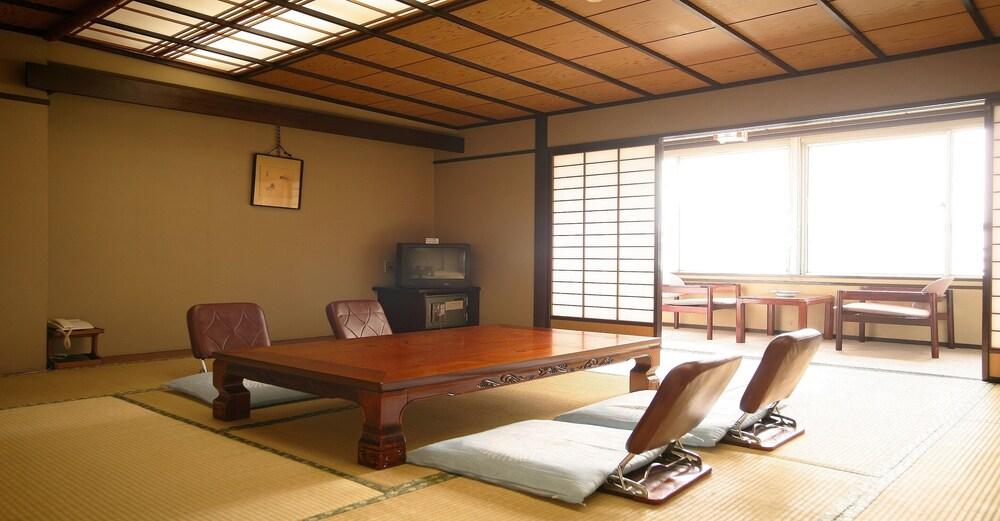 Gallery image of Hokuriku Koganoi Hotel