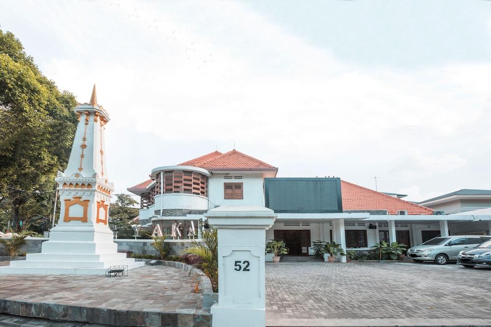 Gallery image of Oyo 304 Griya Jogja