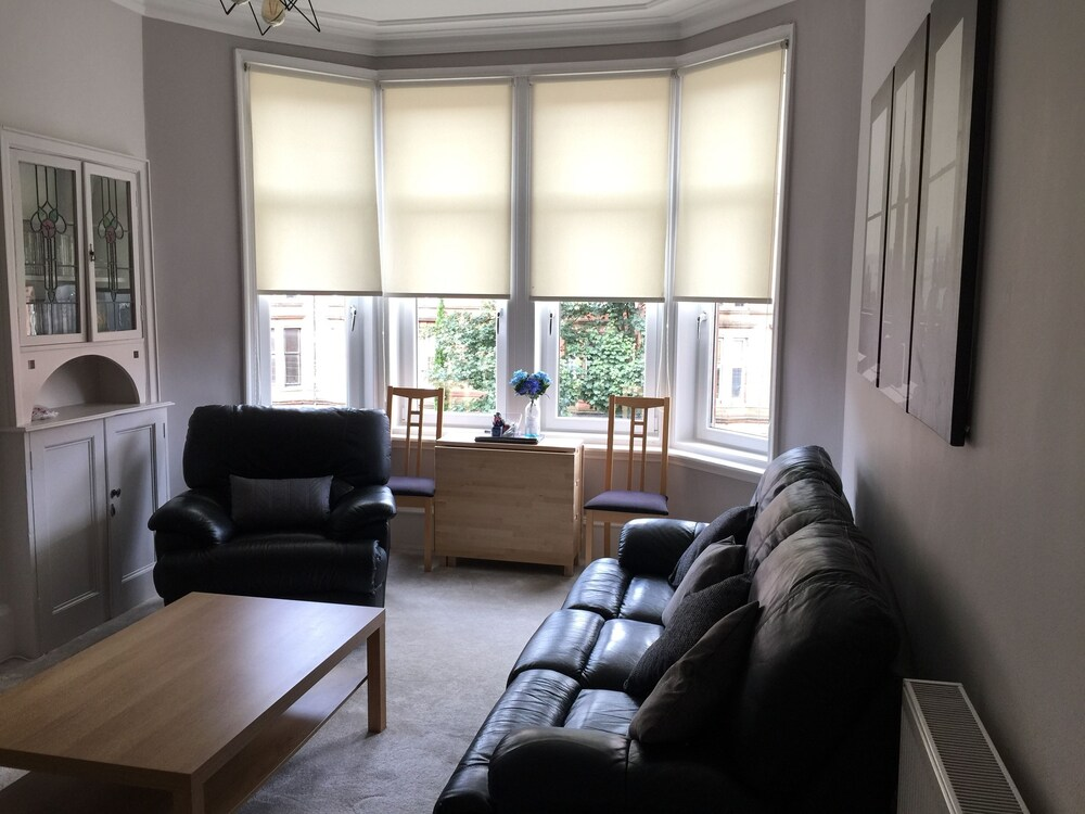 Great Location 2 Bed West End Flat