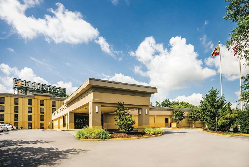 La Quinta Inn & Suites By Wyndham Baltimore South Glen Burnie