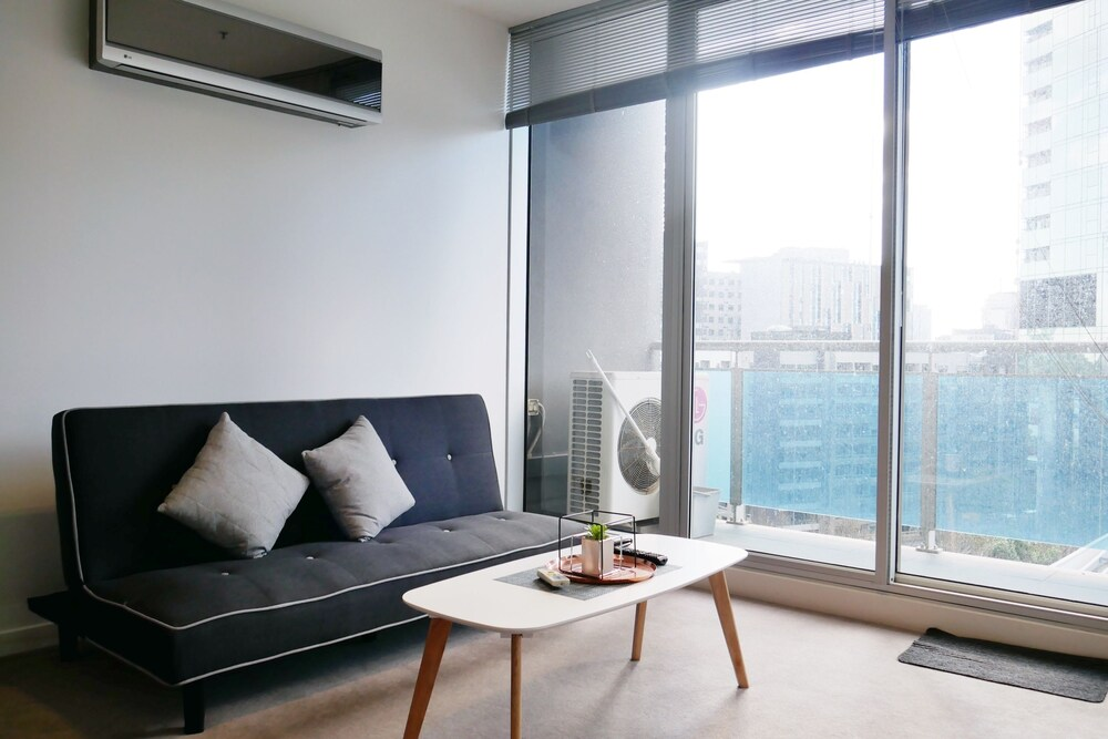 Modern 9 Verve Boutique Apartment