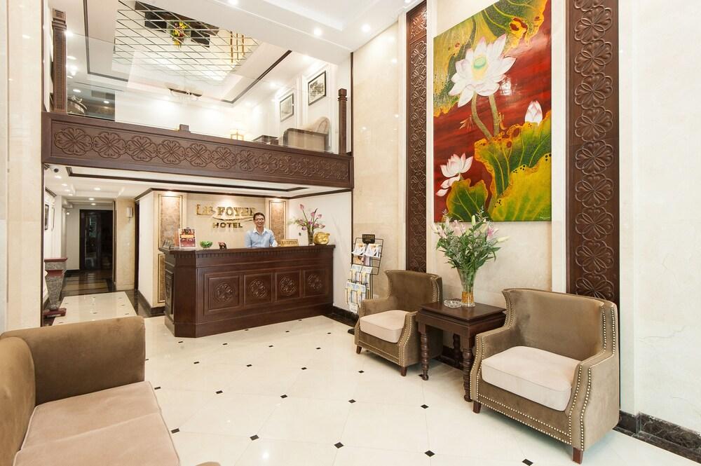 Le Foyer Hotel