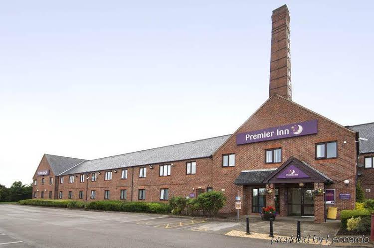 Premier Inn Leeds South