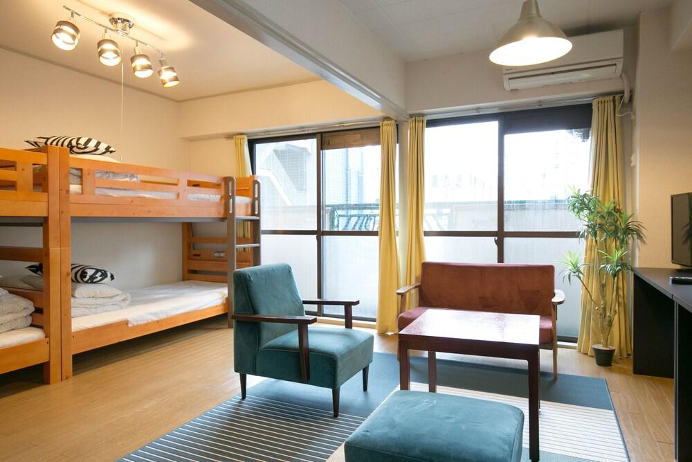 Nishi Nakasu apartment 301