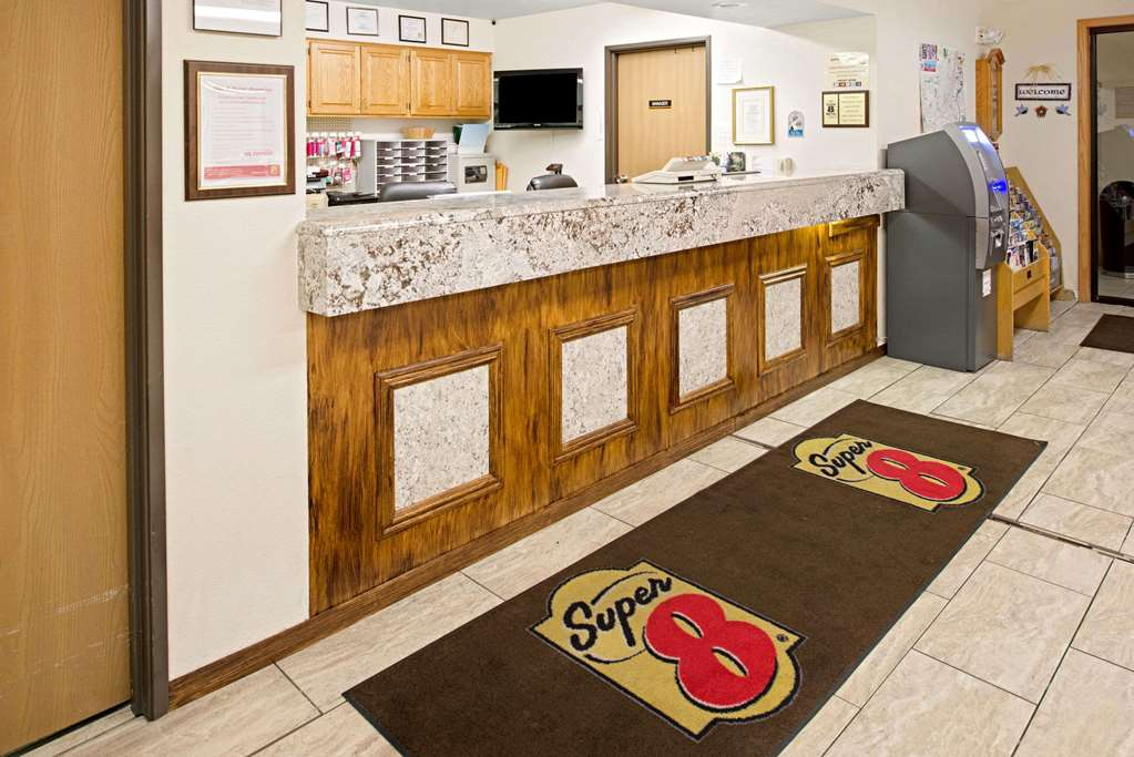 Gallery image of Super 8 by Wyndham Omaha Eppley Airport Carter Lake