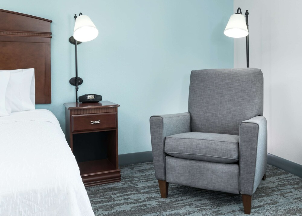 Hampton Inn & Suites Rochester North