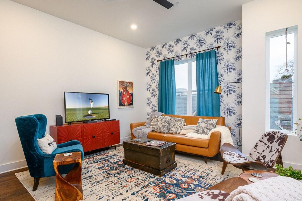 New Listing Brand new Hillsboro Ge Townhome 3 Bedroom Condo
