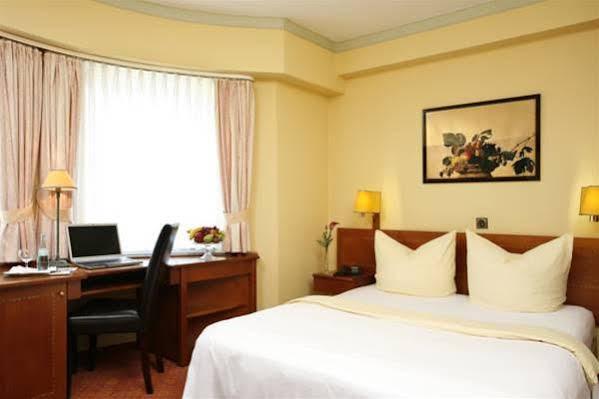 Hotel Regina Garni Koln