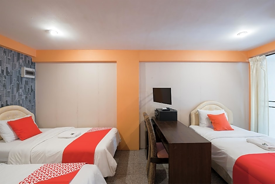 Gallery image of Oyo 110 Old Town Hotel
