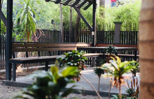 鸣宿 Ming Hotel