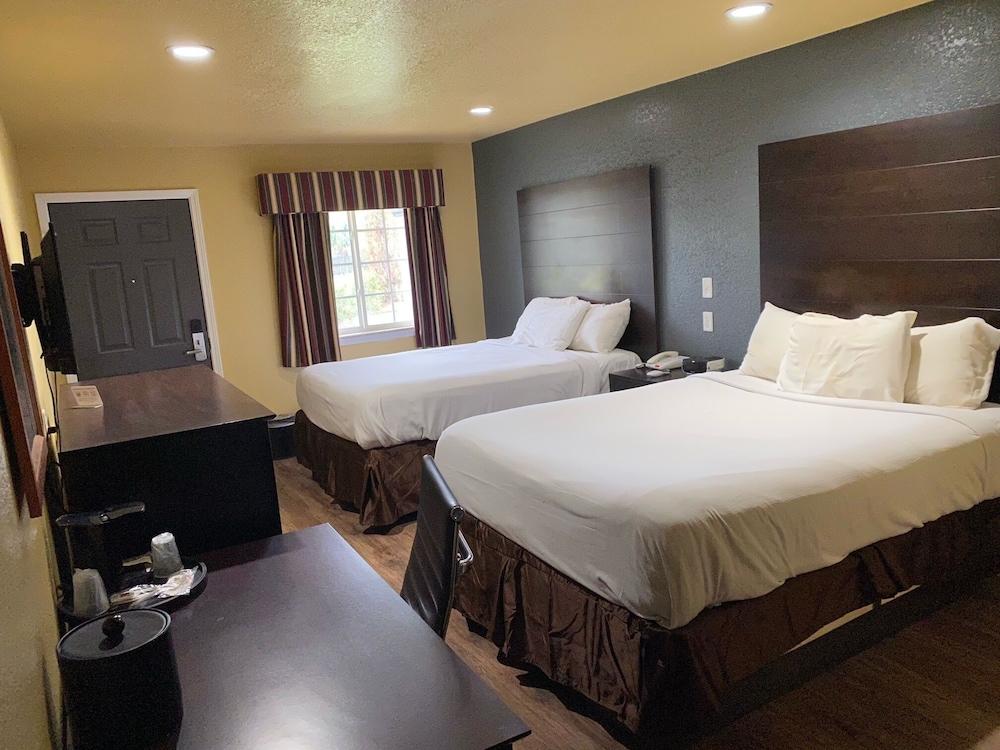 Gallery image of Hotel Miami Ok I 44