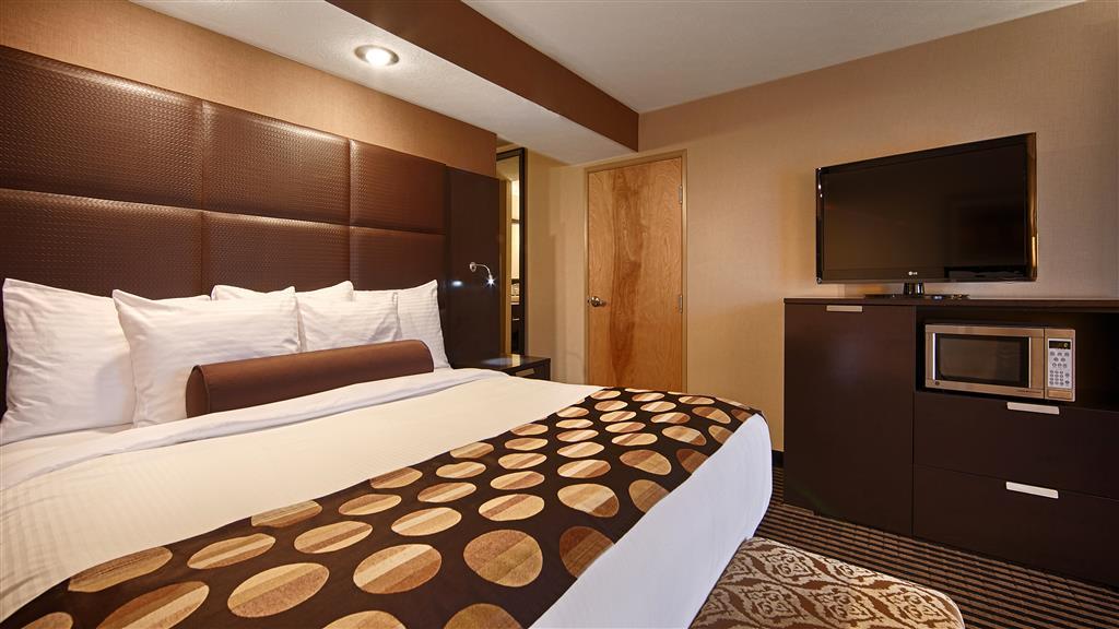 Gallery image of Best Western Plus Atrea Airport Inn & Suites