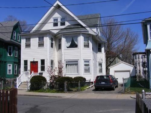 Holman Street Apartment
