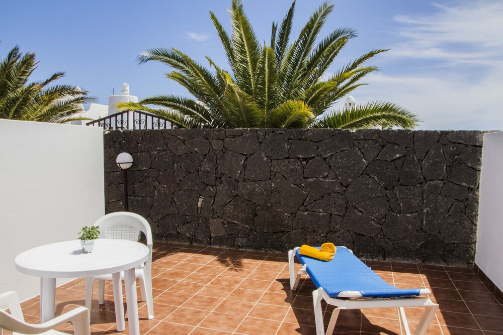 Gallery image of Tabaiba Apartamentos
