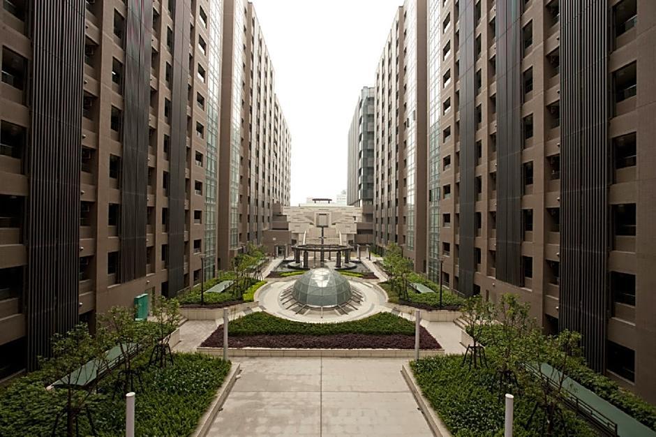 I T Service Apartment
