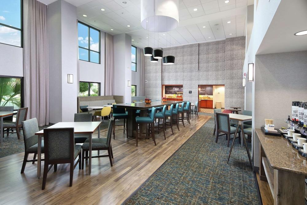 Gallery image of Hampton Inn & Suites Tucson East Williams Center