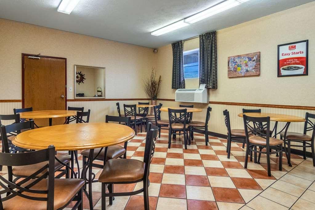 Gallery image of Econo Lodge Kent