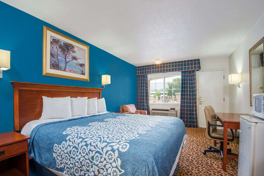 Gallery image of Knights Inn Colorado Springs