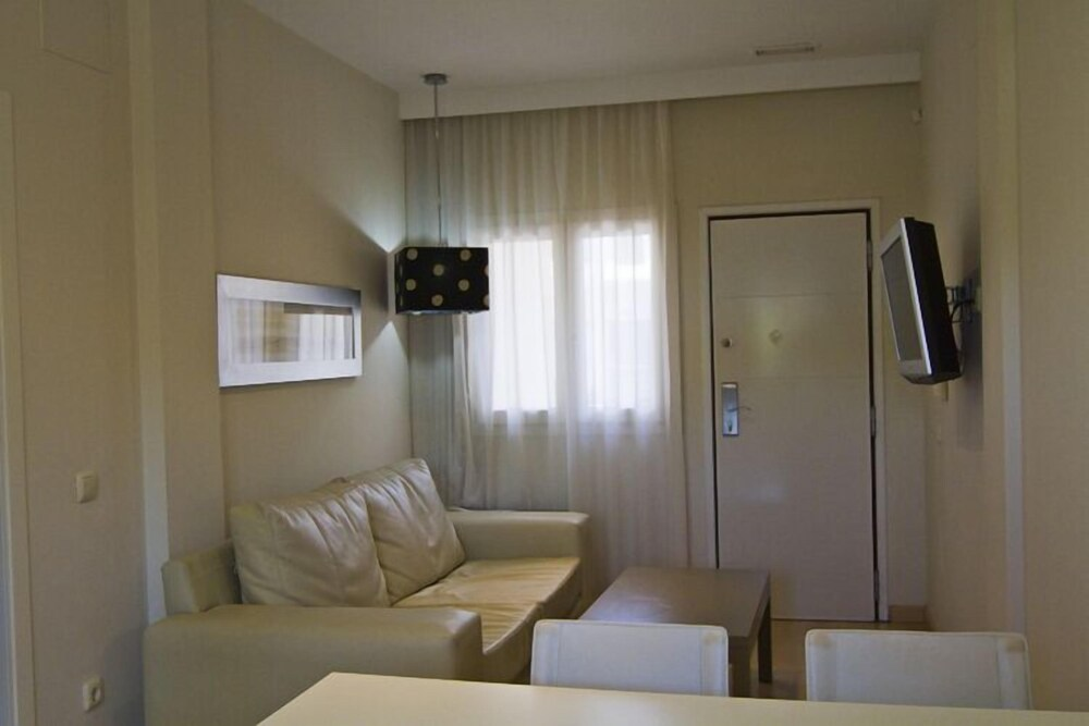Gallery image of Novo Sancti Petri Aparthotel