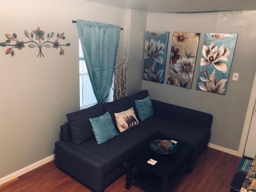 Cozy One Bedroom Apt. In Center City