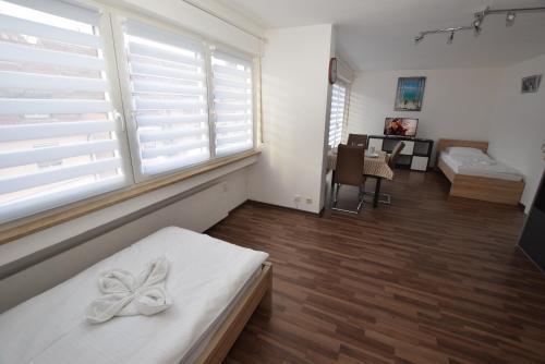 AB Apartment 92