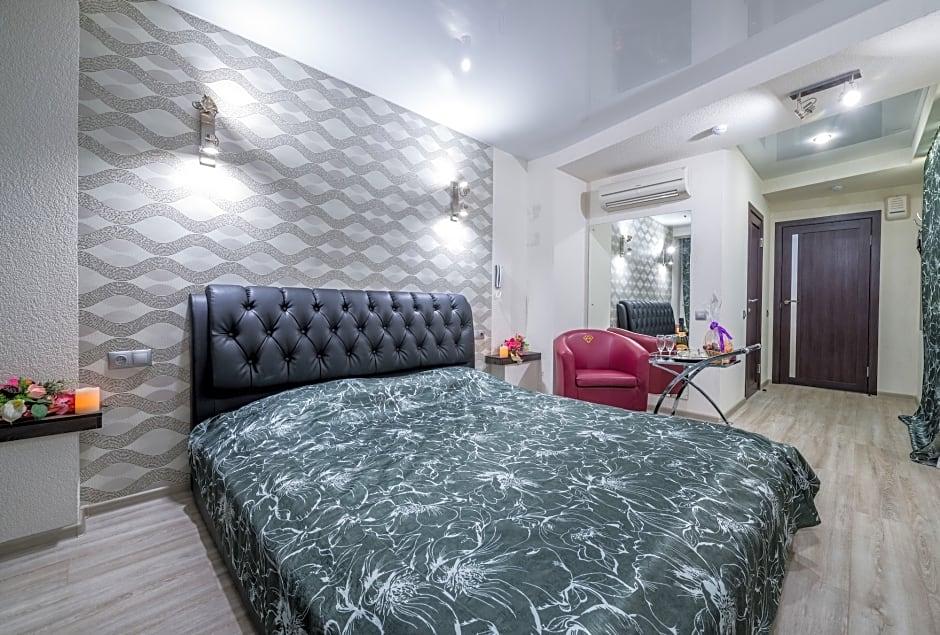 Alex Hotel On Budapeshtskaya