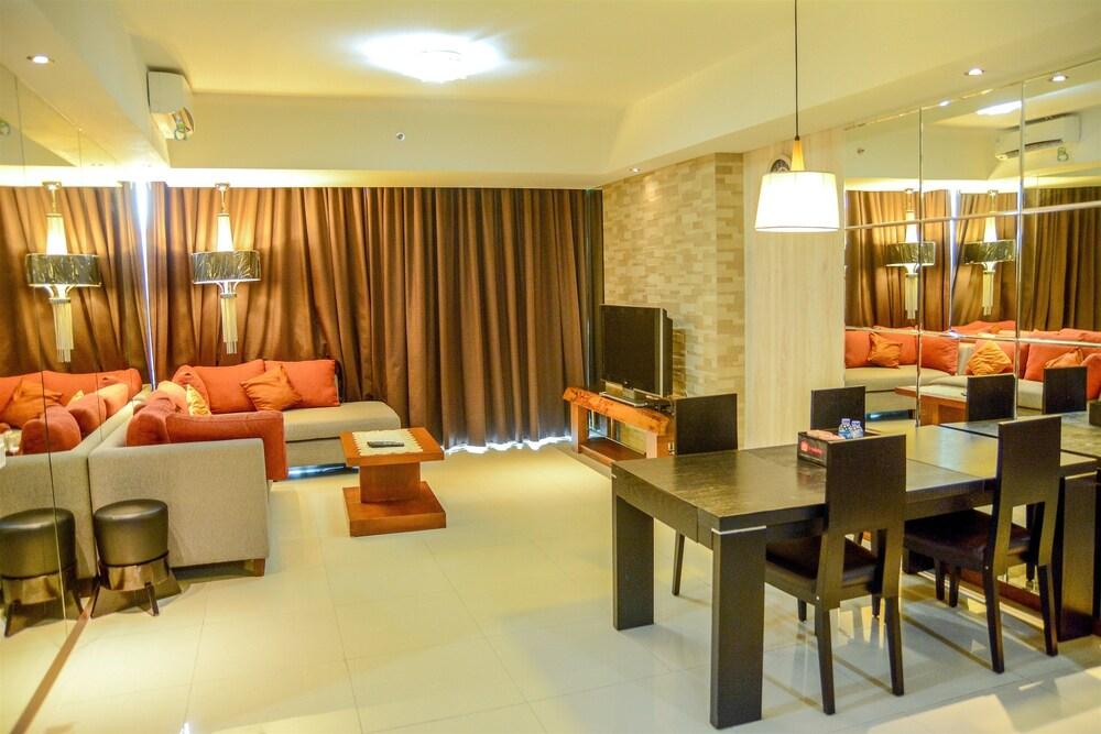 City View Kemang Village Apartment