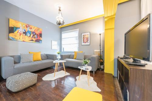 Stylish Apartment with Balcony by Cloudkeys
