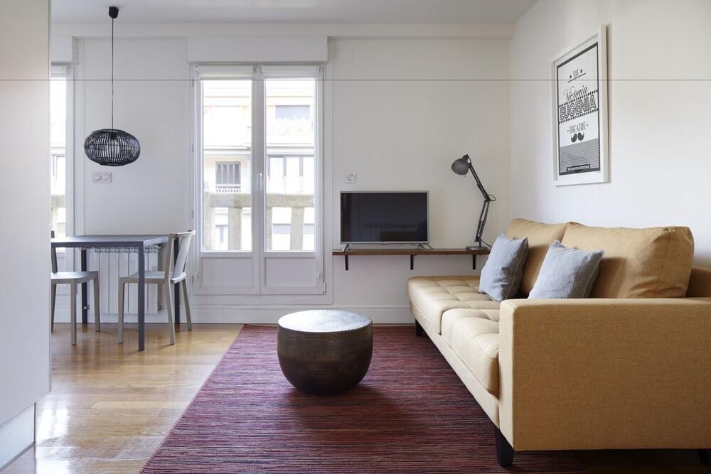 Mirakruz Terrace Apartment By Feelfree Rentals