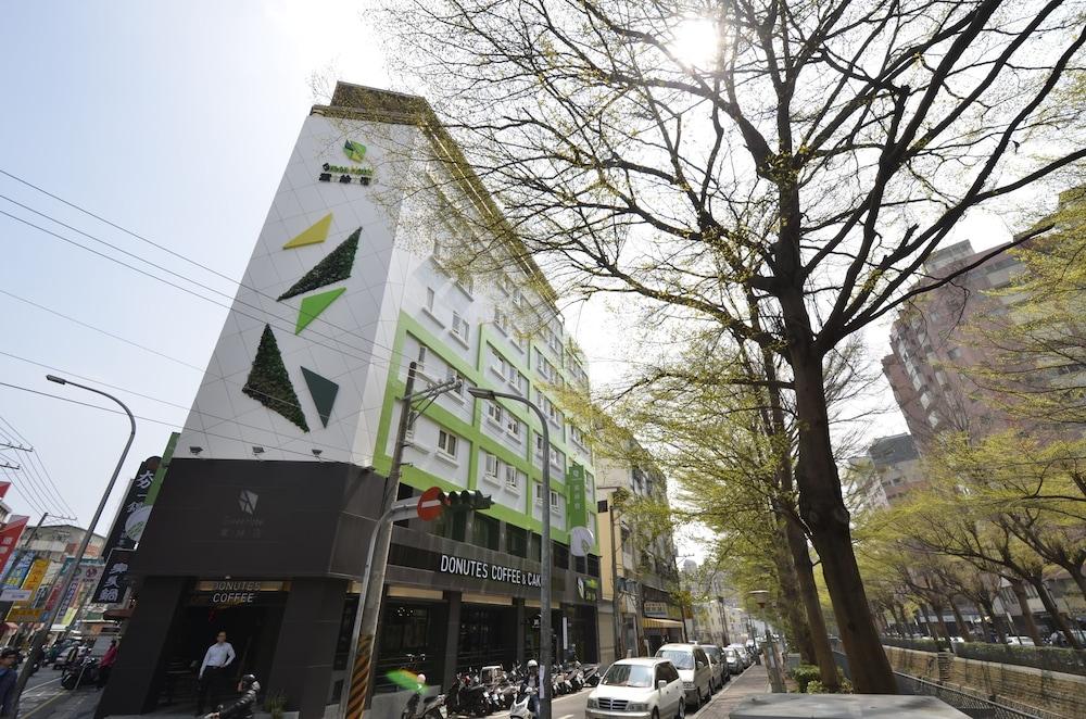 Green Hotel Fengjia