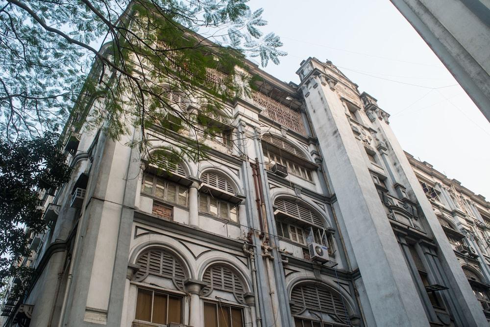 OYO 7222 Chowdhury's Estates