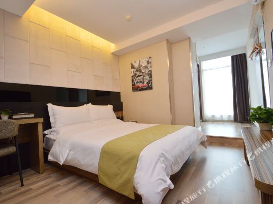 Gallery image of Durian Candy Select Hotel