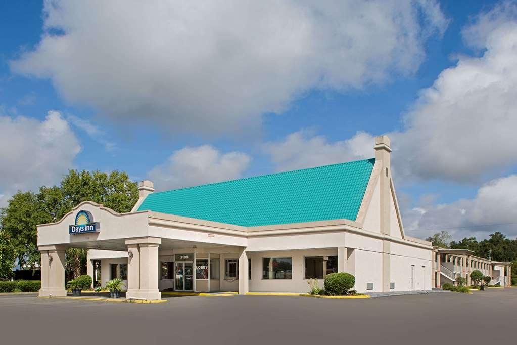 Days Inn by Wyndham Tallahassee Government Center