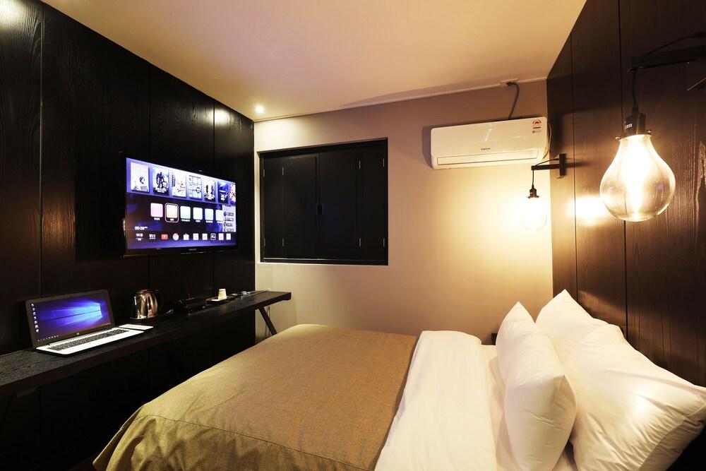 Gallery image of Kaya Latree Hotel