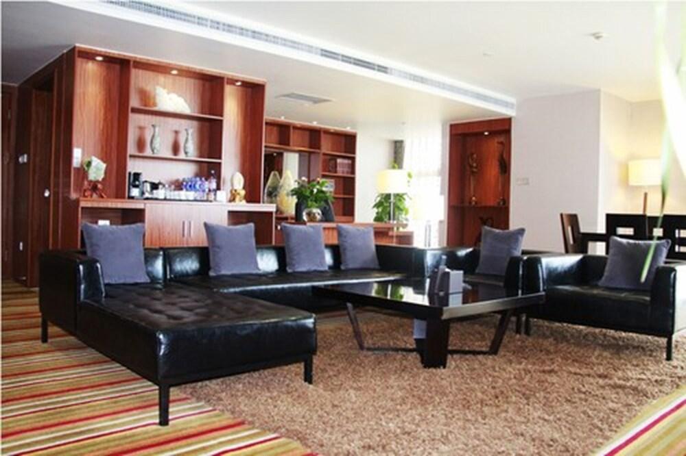 Gallery image of Novotel Zhengzhou Convention Centre