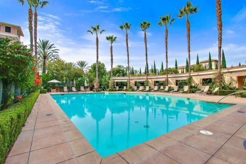 Bluebird Suites in Irvine