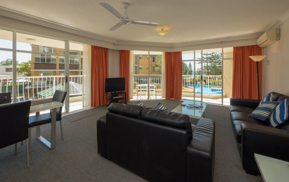 Gallery image of Burleigh Surf Apartments